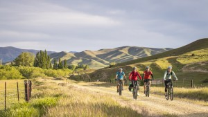 New Zealand Traveller - Biking Aotearoa - North to South
