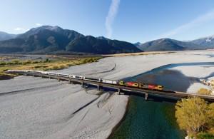 New Zealand Traveller - TranzAlpine, Vines & Whales